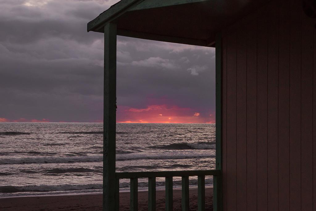 ostia lido; mare inverno; winter sea italy; stabilimento; paesaggio; ostia fotografie; cabine; marea; ghirri; sofia podestà