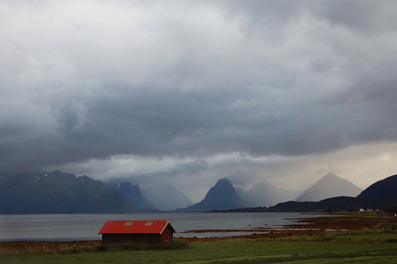 lofoten through cabins photography